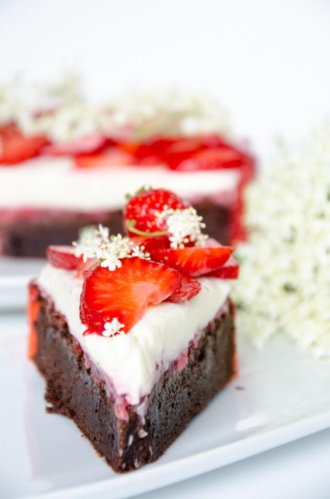 Erdbeer Holunder Schokoladen-Torte-2